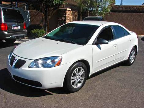 06 Pontiac G6 White