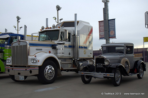 1976 Kenworth Semi Truck and 1930 Ford Model A Pickup Truck | Flickr