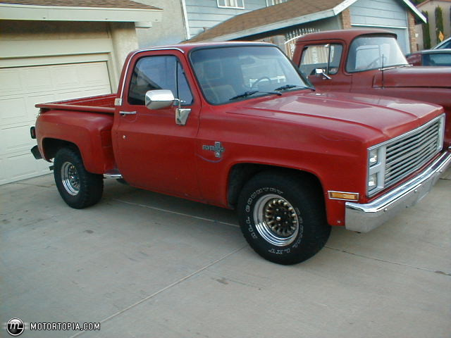 1985 Chevy Stepside Truck
