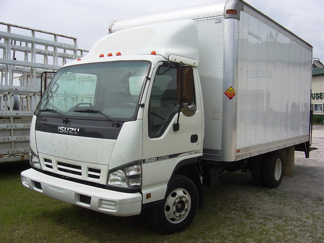 1995 Isuzu Box Truck