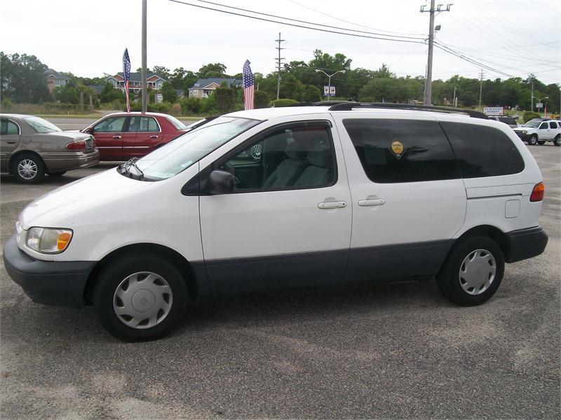1999 Toyota Sienna Van