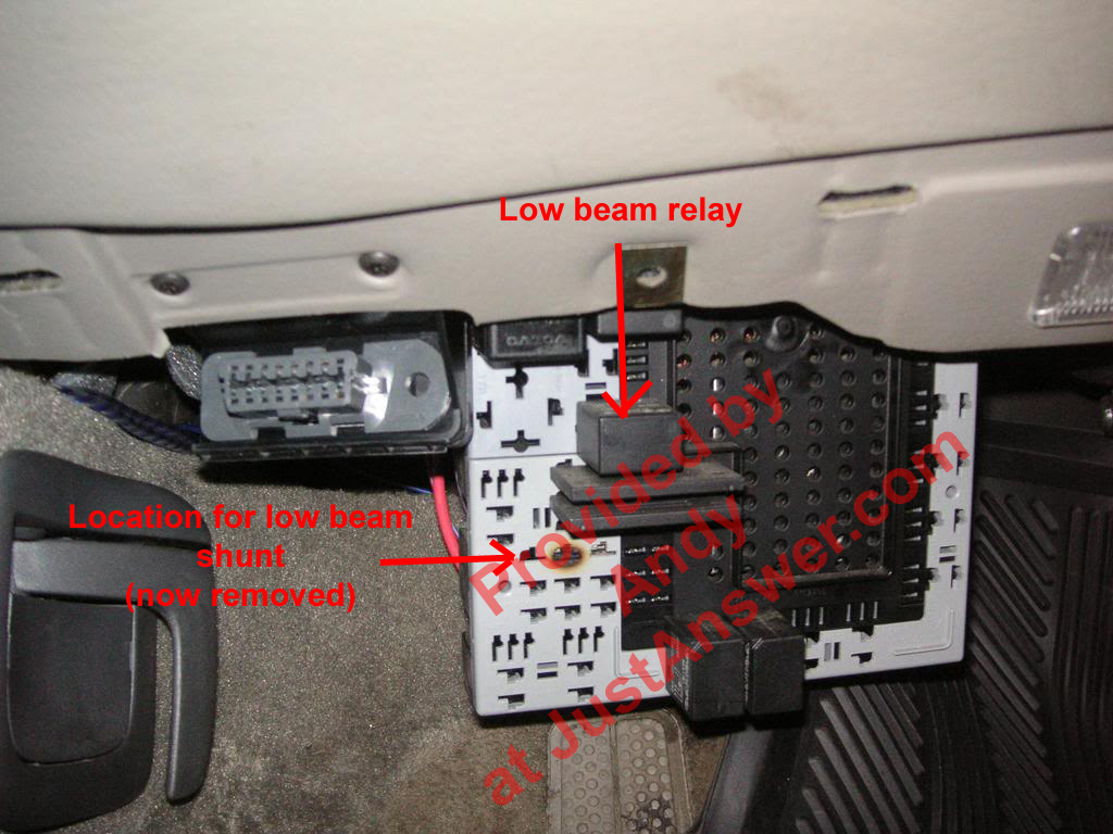 2001 Volvo S40 Fuel Pump Relay Location