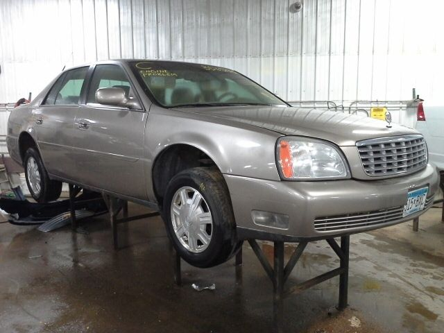 2004 Cadillac DeVille Wheels