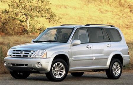 2004 Suzuki XL 7 Interior