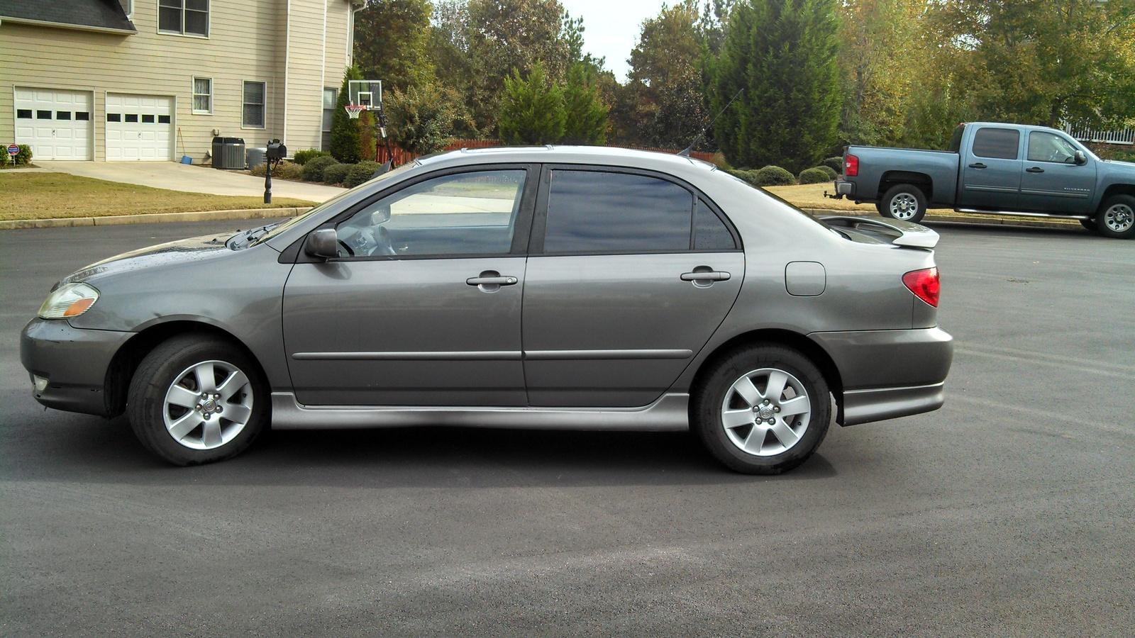 2004 Toyota Corolla - image details
