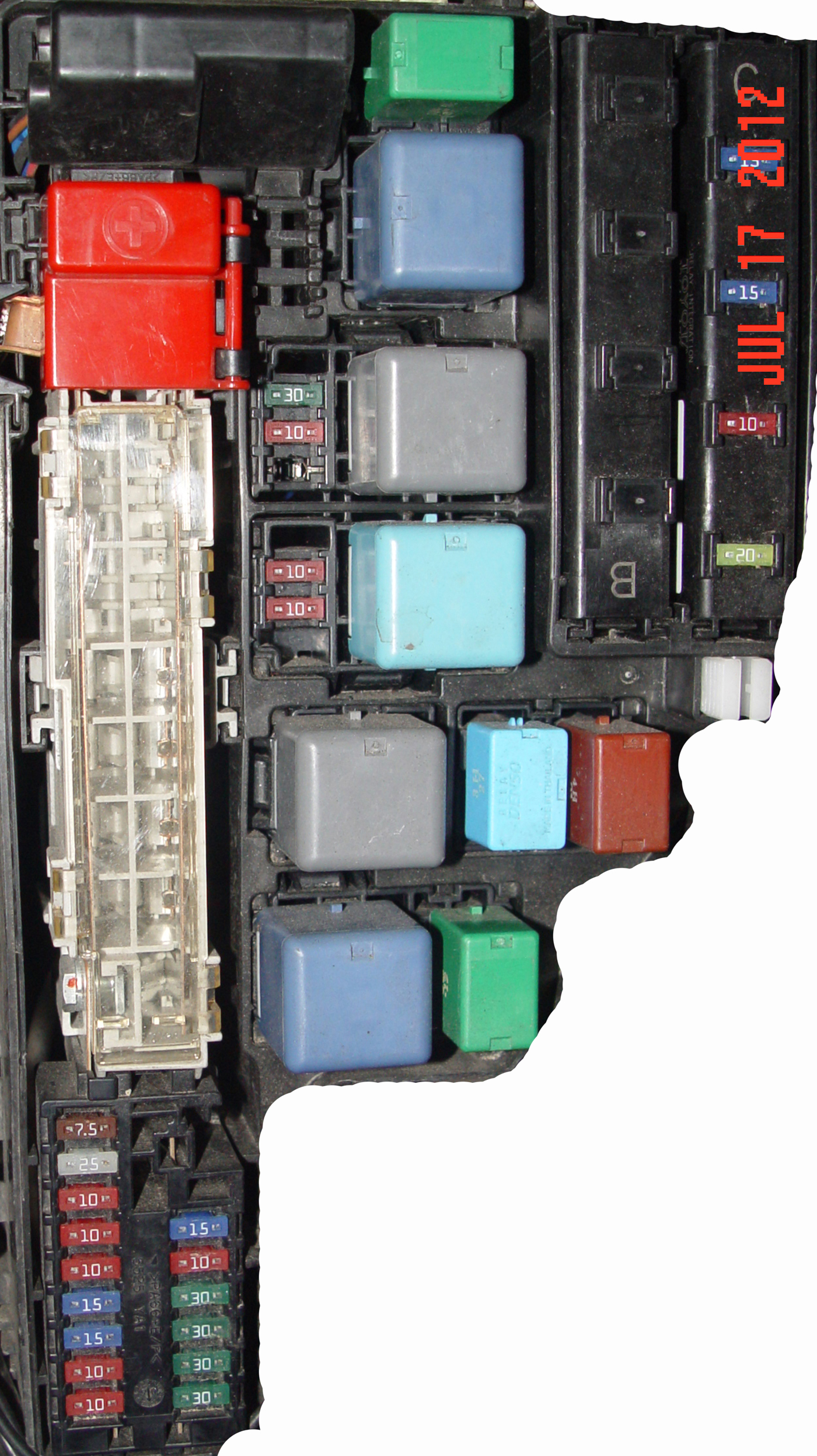 2004 toyota prius fuse box diagram iirGtIL 2004 toyota prius fuse box diagram image details 2013 toyota prius fuse box diagram at soozxer.org