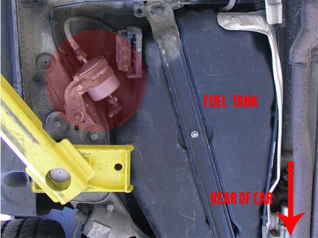 2004 volvo v70 fuel filter location LyFEgnQ volvo v50 fuel filter location image details