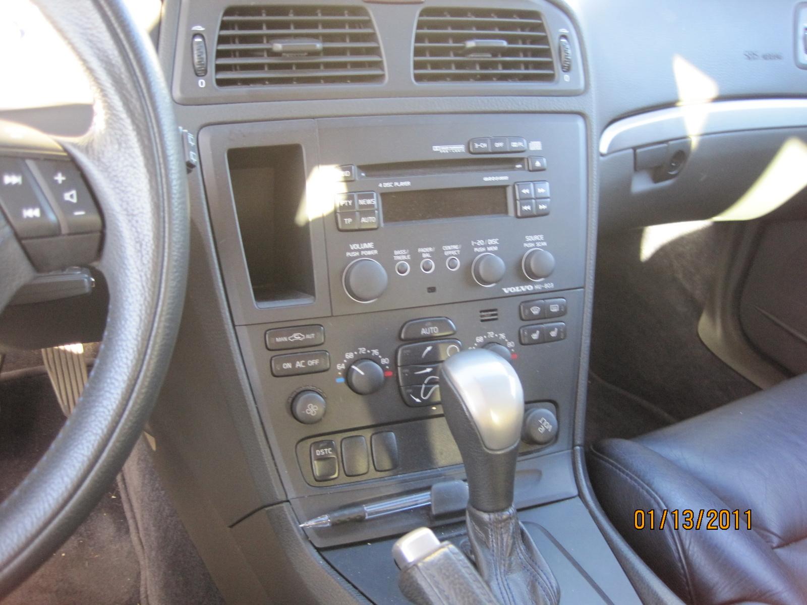2004 Volvo V70 R  Interior Pictures  CarGurus