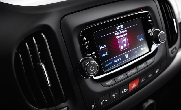 2005 Jeep Grand Cherokee Uconnect System
