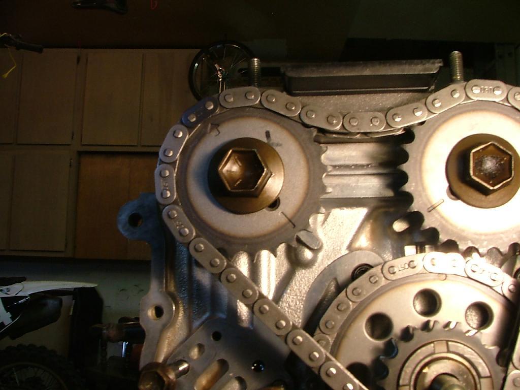 2005 Suzuki XL7 Engine Timing Chain Tensioner Lower (Genuine)