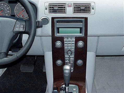2006 Volvo S40 T5 Sedan Interior Gauges Photo  Motor Trend Magazine