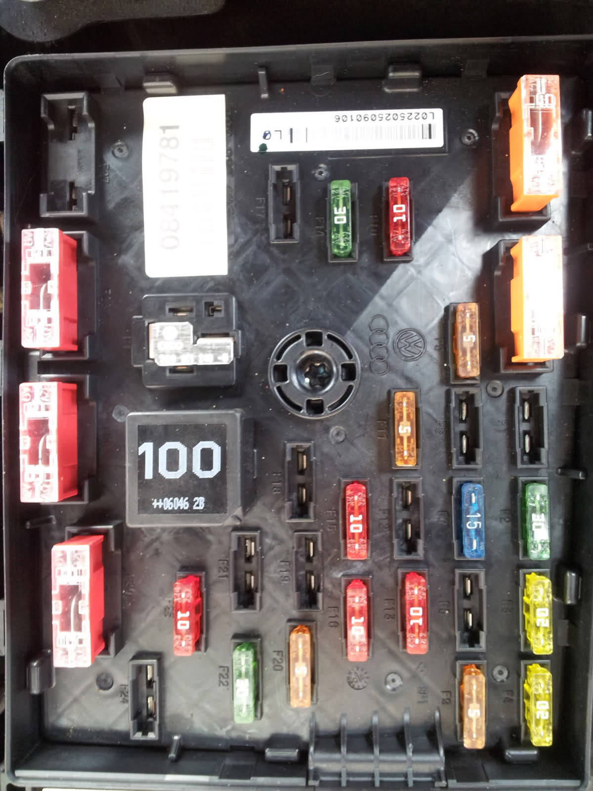 2006 VW Passat Fuse Box Diagram
