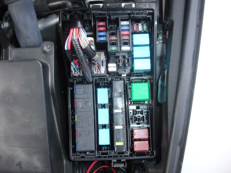 2007 gmc acadia fuse box location image details 2007 lexus is 250 fuse box location
