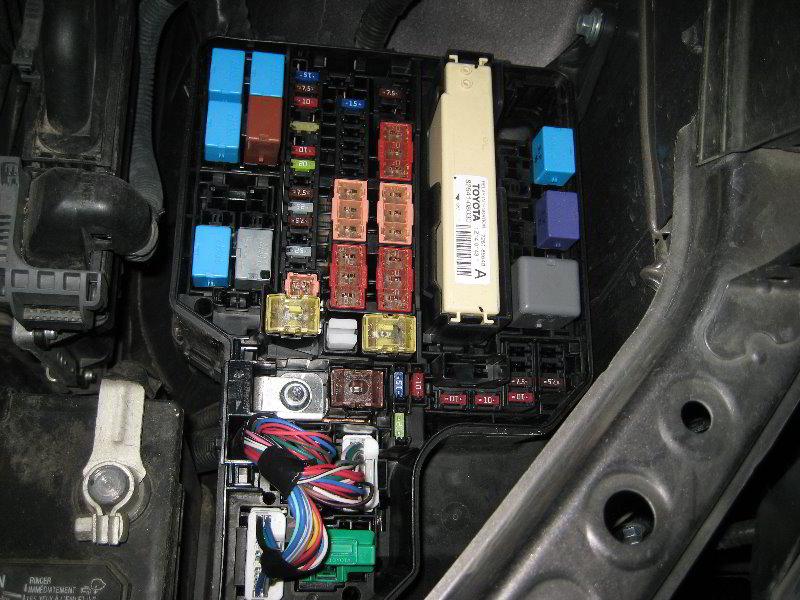 2007 Toyota Corolla Fuse Box Location