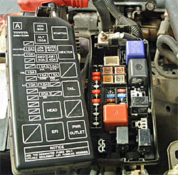 Eea4e216f3c861728051a9d58cb2f599 moreover 2004 Infiniti G35 Fuse Box Diagram furthermore 1bjhc Need Wiring Diagram A C  pressor additionally 2013 Tundra Trailer Wiring Diagram additionally Fuse Box Diagram 2001 Jeep Cherokee. on toyota sienna horn wiring diagram