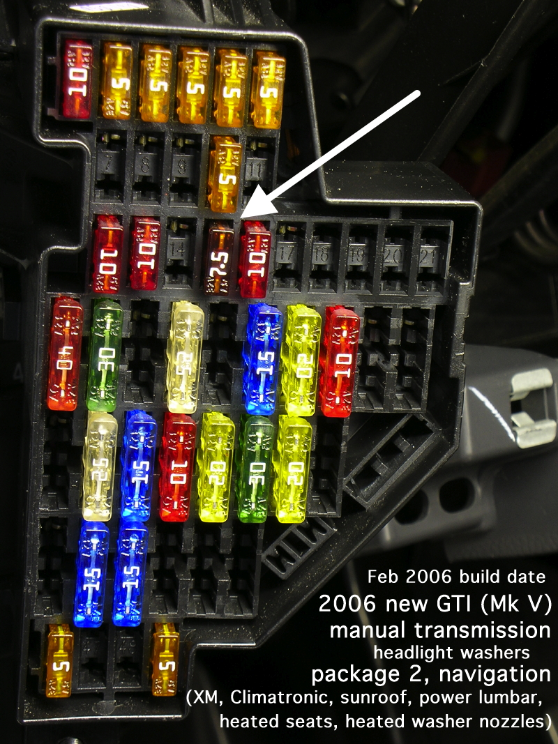 2008 Volkswagen Jetta Interior Light Fuse