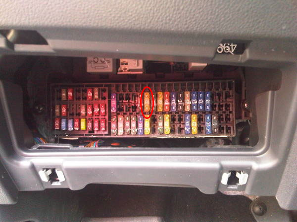 2011 jetta fuse box 2011 vw jetta fuse box diagram image details  2011 vw jetta fuse box diagram image