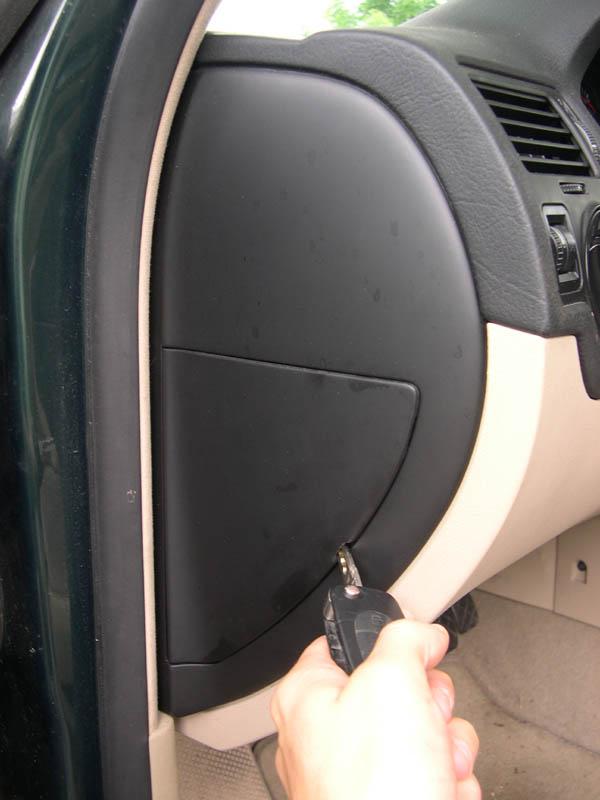 2012 VW Jetta Fuse Panel