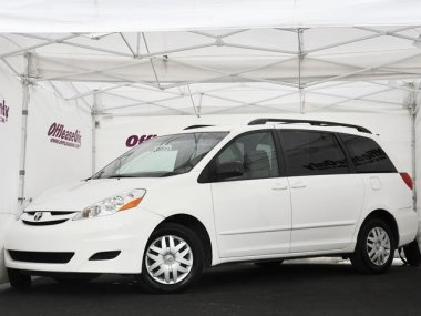2014 Toyota Sienna LE Red, Louisville, KY