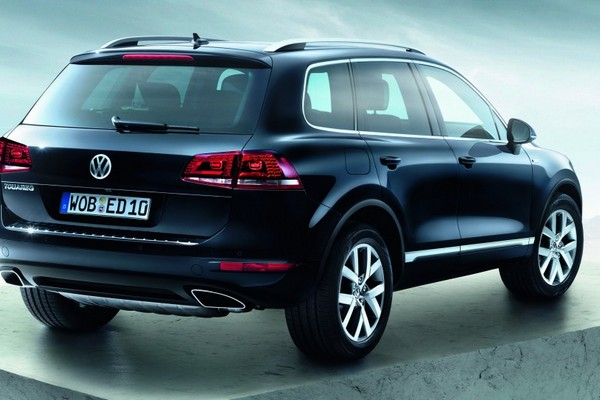 Back To article for Full Reviews : 2013 Volkswagen Touareg Edition X