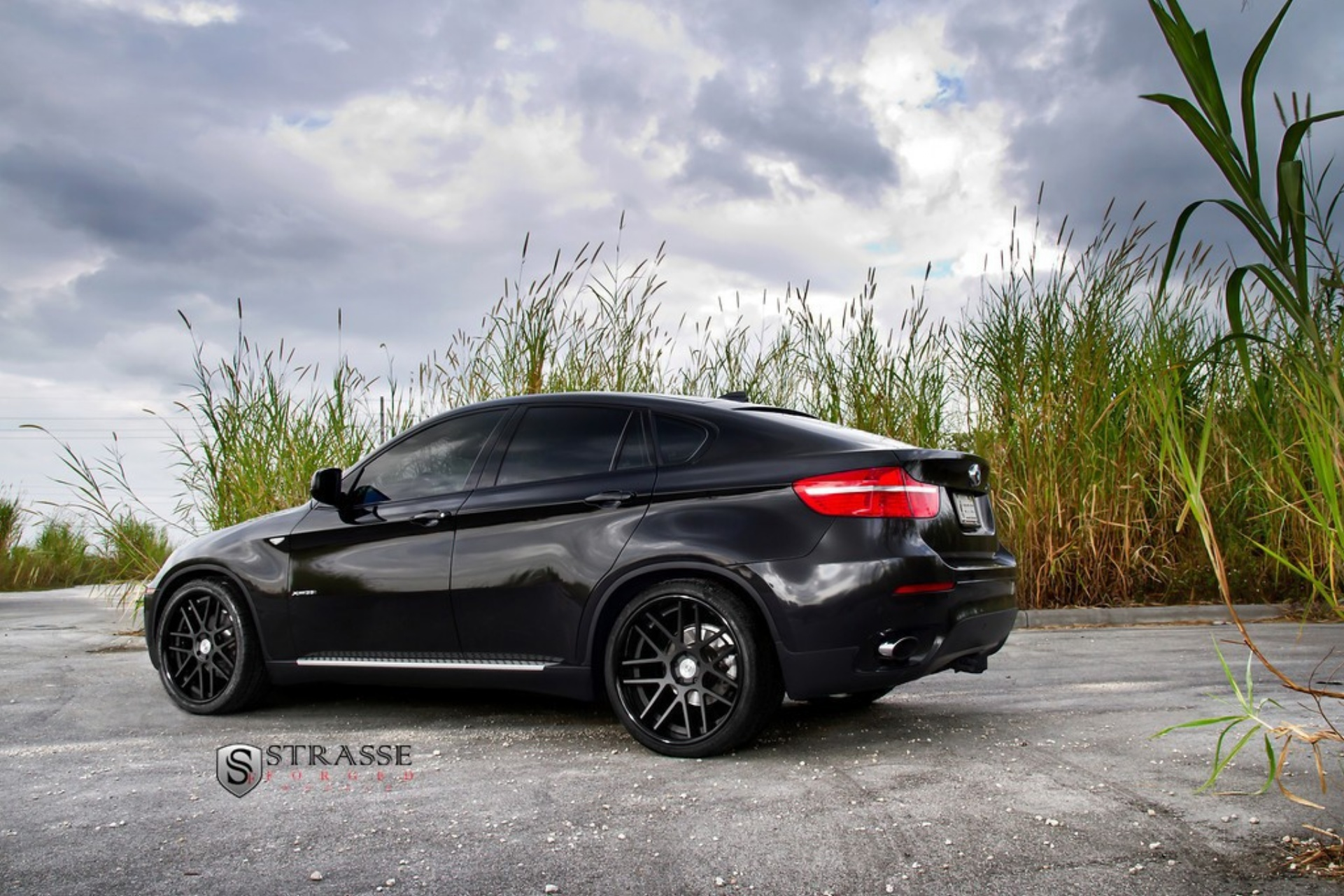 Black BMW X6 On Rims