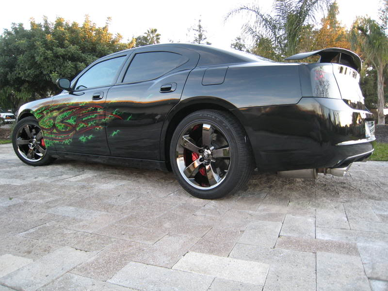 Dodge Charger SRT8 Black Rims