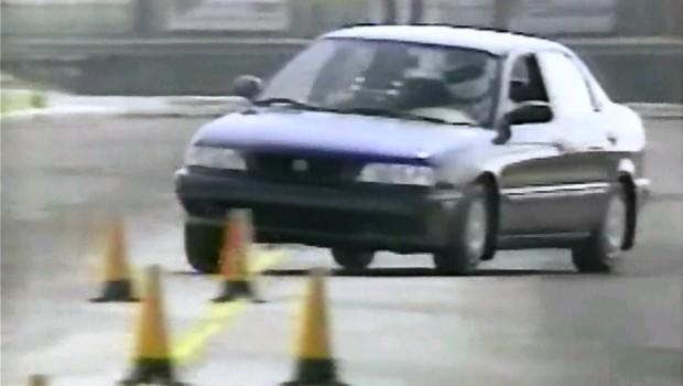 Golden 1996 Maruti Suzuki Esteem LXI  80,000 kms driven in Kalina