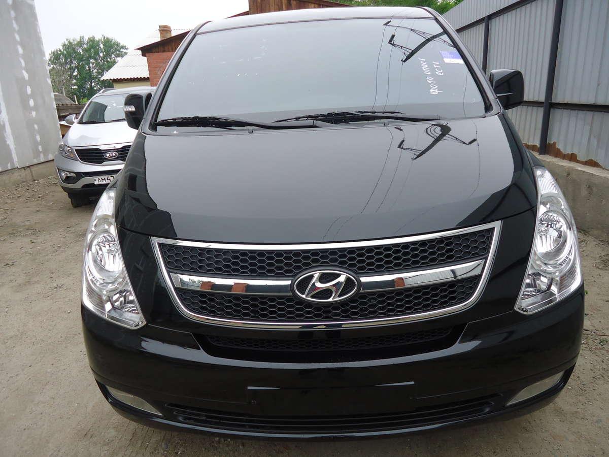 Hyundai H1 Starex Interior