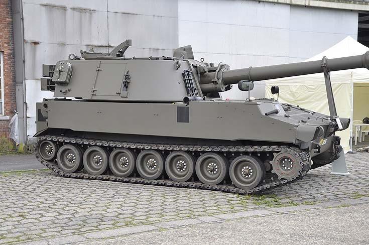 M109 Military Truck