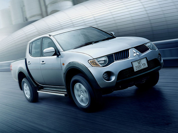 Mitsubishi L200 Strada:picture # 4 , reviews, news, specs, buy car