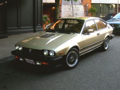 OLD PARKED CARS.: 1982 Alfa Romeo GTV6.