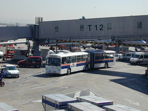 Spanair Mercedes 0305 Articulated Bus, Airside at Madrid A?   Flickr