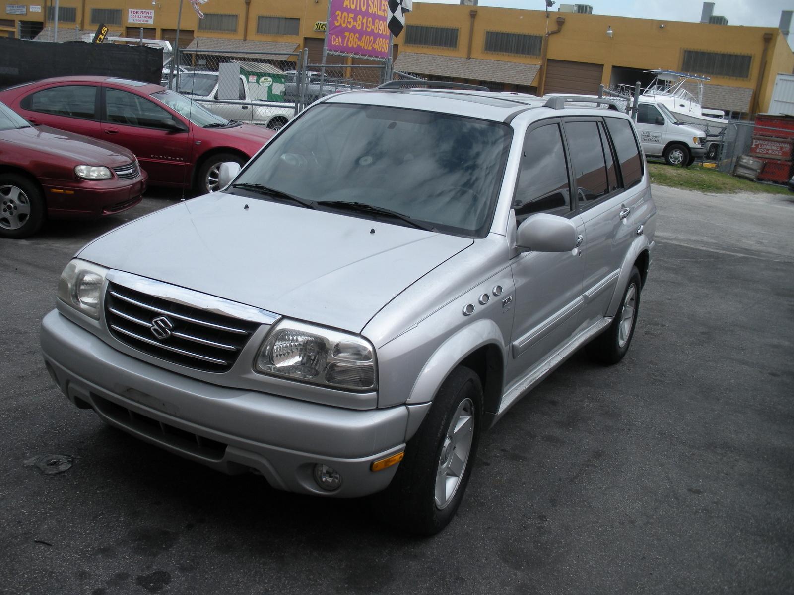 Suzuki XL7, toujours en qu?te de respect  Suzuki XL7 2005