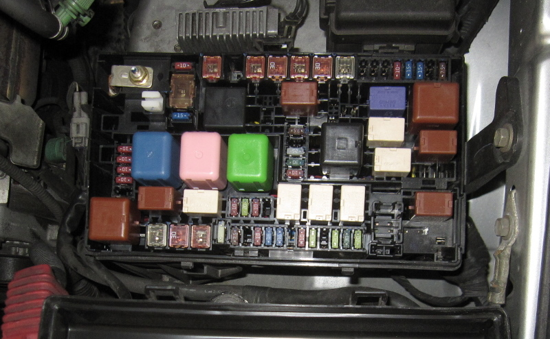 toyota prius fuse box diagram aLwxMaS check engine light & vsc trac and vsc off all on page 4 2002 toyota 4runner fuse box diagram at mifinder.co