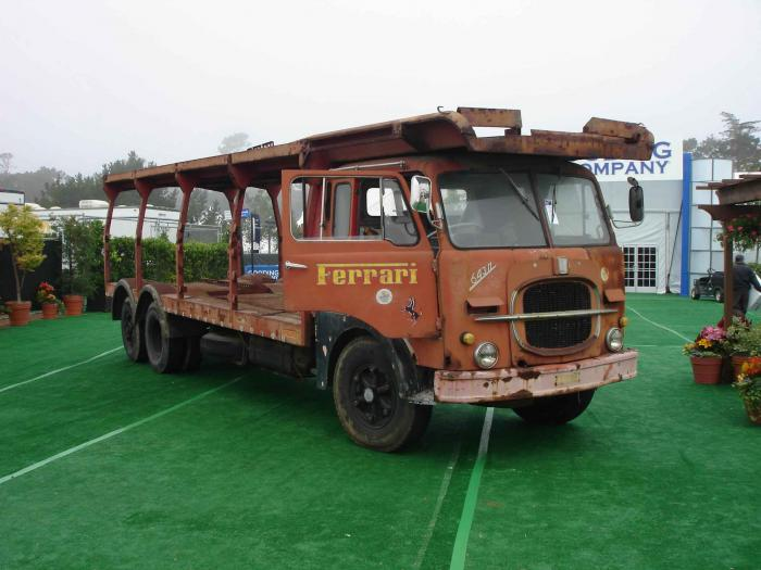Very nice although faded and rusted! | Old trucks and vans | Pinterest