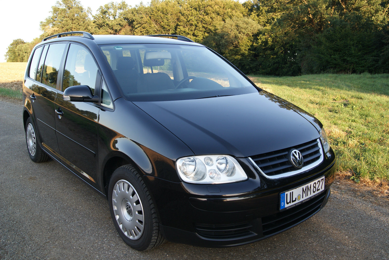 Volkswagen Touran 1.9 TDI 105 bhp Highline 5door MPV Tiptronic 2003