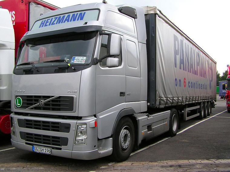 Volvo FH12 Gray Truck Picture | Volvo Truck Pictures