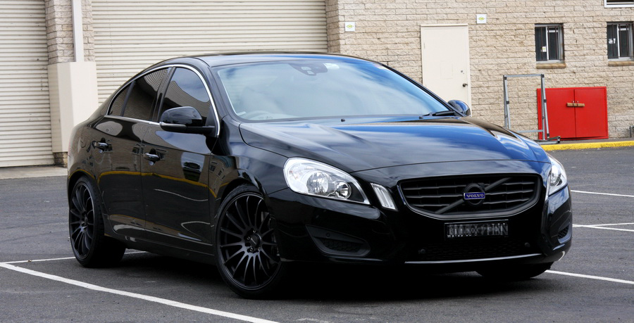 Volvo S60 with Black Rims