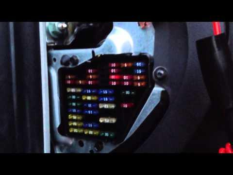 VW Beetle Fuse Box